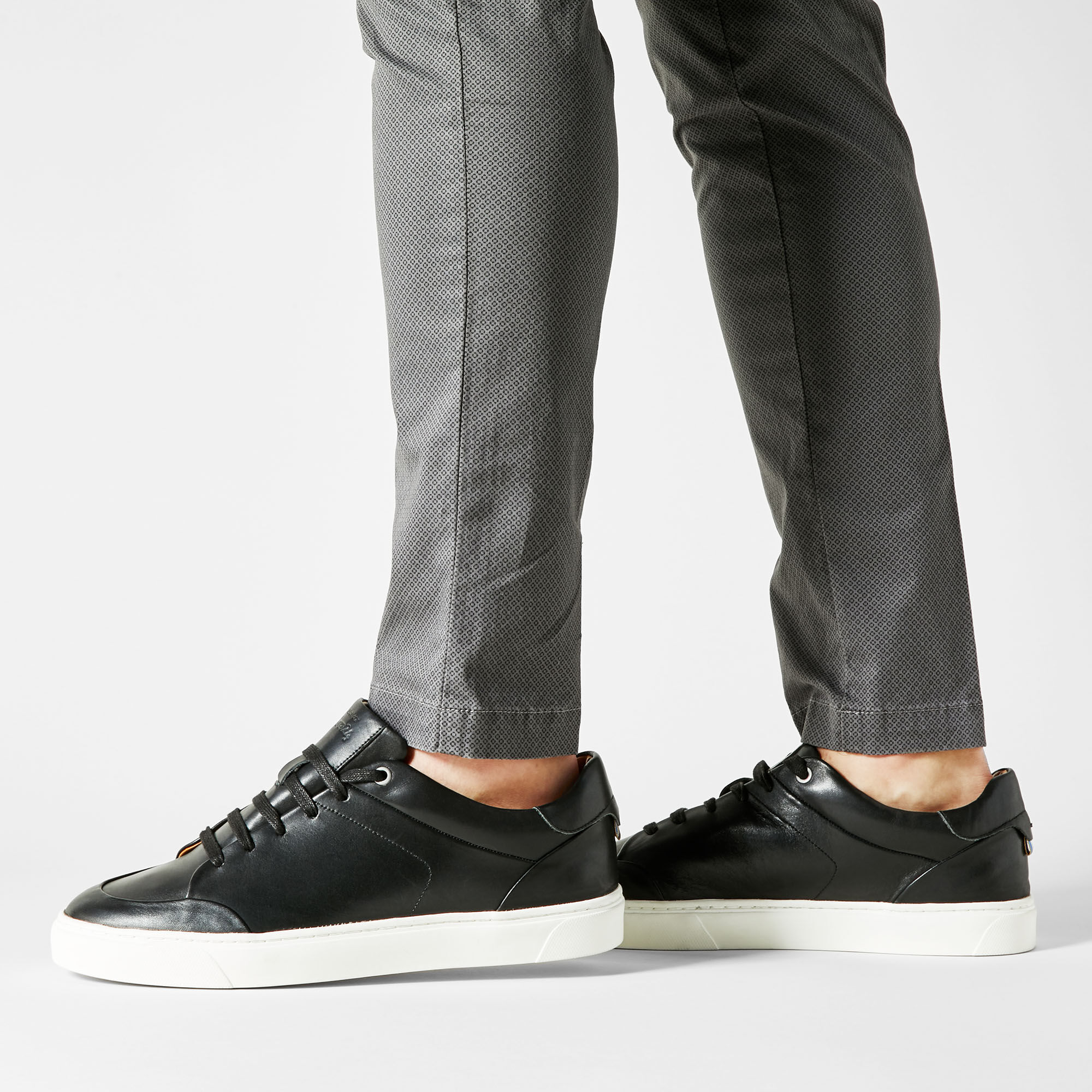 Two24 Men's Jack Shoes in Black Leather
