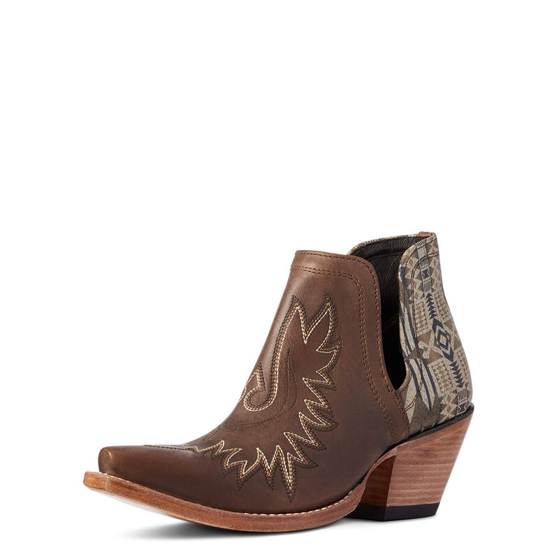 Ariat Pendleton Dixon Western Boots in Weathered Chestnut Brown