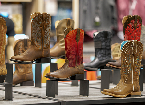 Ariat Gilroy Shop